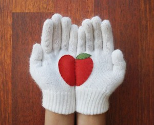apple glove