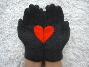 heart glove 2