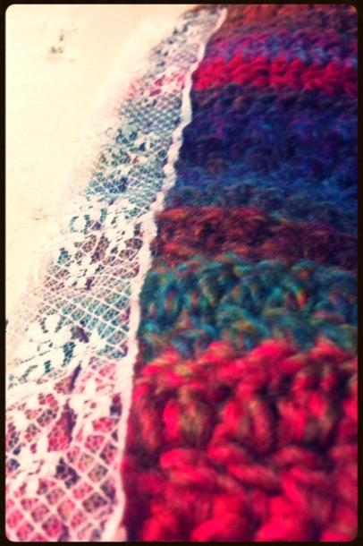 lace crochet clutch