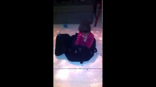 Σακβουαγιαζ(ακι) μου Μικρό, Μη μου Φέγγεις να Κρυφτώ! (Βιντεο)