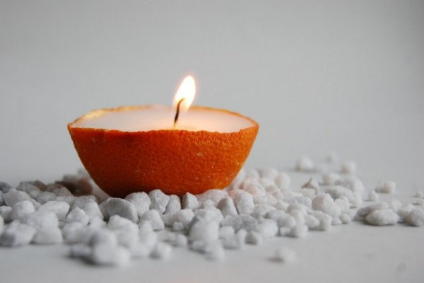 21-Creative-Handmade-Candle-Decorations-15-630x420