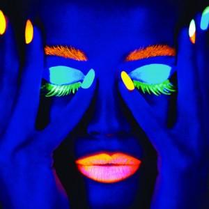 ciate-corrupted-neon-manicure