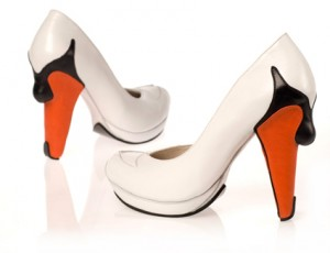 swan-high-heel-shoes-one-more-gadget