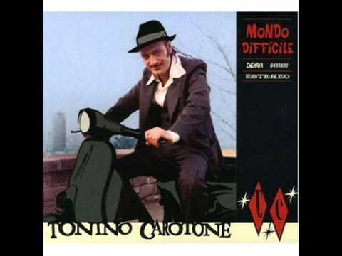 Tonino Carotone – Me cago en el amor