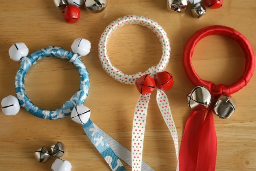 Jingle-Bell-Ribbon-Rings