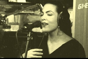 Caro Emerald- Pack Up The Louie