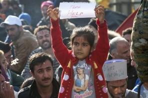 Συγκέντρωση βρεφικών ειδών για τους πρόσφυγες και τους μετανάστες