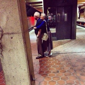 582605-xx-photos-proving-that-couples-can-have-fun-at-any-age__605-650-698e148e96-1475224635