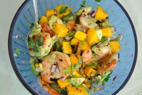 σαλάτα με λωτό αβοκάντο γαρίδες γλυκοπατάτα
