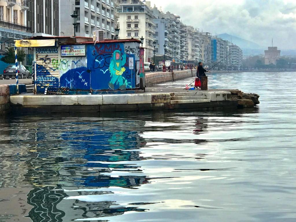 thessaloniki waterfron graffiti