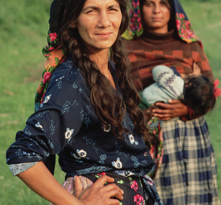 romani women breastfeeding