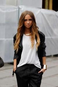 black-blazer-black-pants-white-t-shirt_400