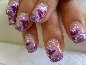nail-art-designs-gallery-purple-flowers-white-dots-design-104988