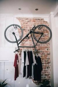 κρεμαστρα σπιτι ποδήλατο