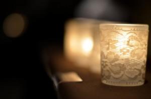 21-Creative-Handmade-Candle-Decorations-7-630x417
