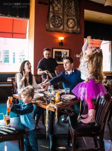 best-case-scenario-realistic-family-chaotic-photography-danielle-guenther-10__880