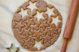star cookies dough
