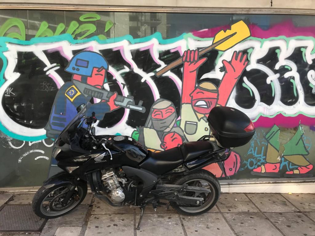 tiago street art thessaloniki